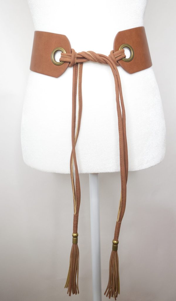 Tracy Gold Thrifted - Leather tan tie belt