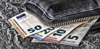 peniaze-hotovosť-kríza-768x512