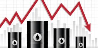 Ropa se znovu propadá - Připravte se na levnější benzín a naftu