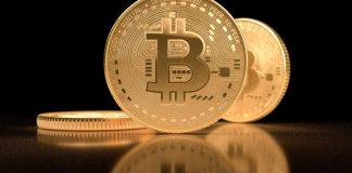 Bitcoin BTC tři mince