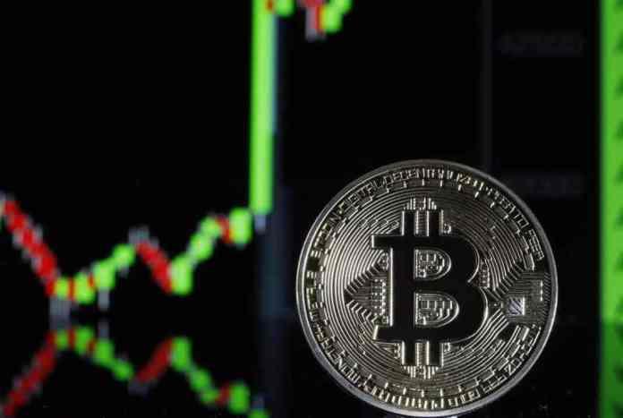 Bitcoin překonal úroveň 35 000 USD - může za to prohlášení státu Salvador?