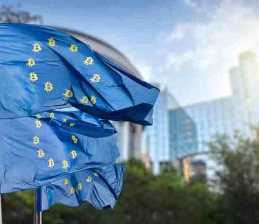 Kryptoměny regulace. Zdroj: Shutterstock.com/artjazz