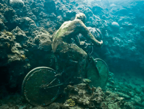 Photo courtesy of Jason Taylor: http://www.eatsleepwork.com/art-and-design/jason-taylors-underwater-sculpture-parks/
