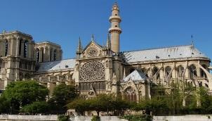 Chrisislamic Notre Dame