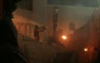 Soldados romanos usan mártires cristianos como antorchas para iluminar Roma