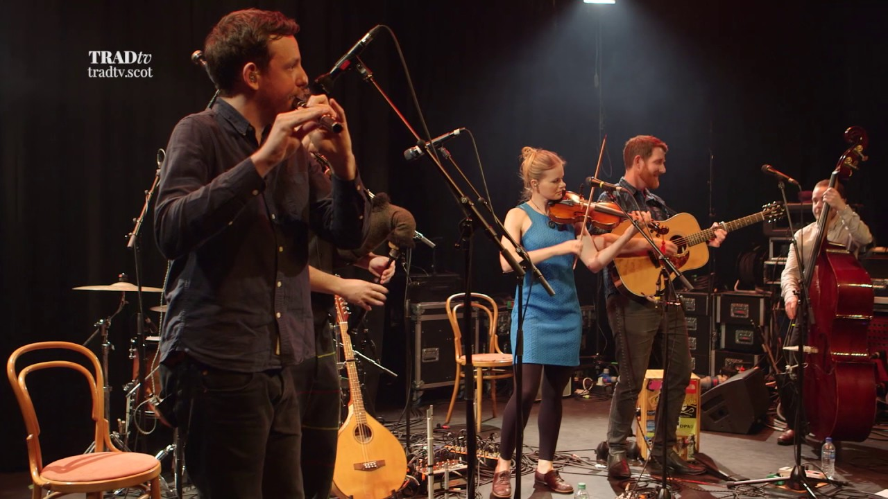 Breabach perform Farsund live at Paisley Arts Centre (The Visit 2017)