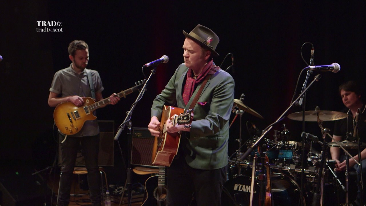 Dean Owens & The Whisky Hearts perform The Only One live at Stirling Tolbooth (The Visit 2017)