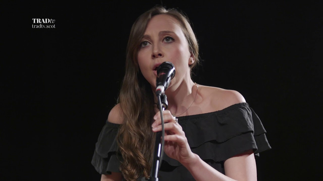 Siobhan Miller performs Banks of Newfoundland at Stirling Tolbooth (The Visit 2017)