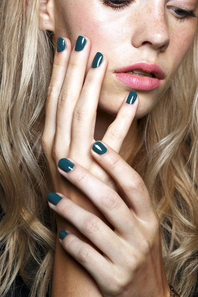 Le-Fashion-Blog-Teal-Nail-Polish-Manicure-Backstage-Beauty-Karen-Walker-SS-2015