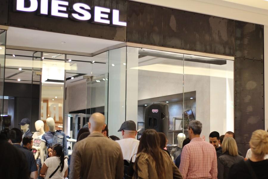 b866d8f2 Diesel inauguró recientemente una tienda en Puerto Rico. Localizada en el  primer nivel de The Mall of San Juan ...