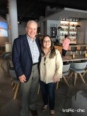 Charlie O'Donnell, propietario de CRU junto a Lourdes N. Martinez, Editora en Jefe de TRAFFIC CHIC