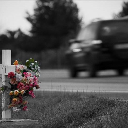 cruces en la carretera
