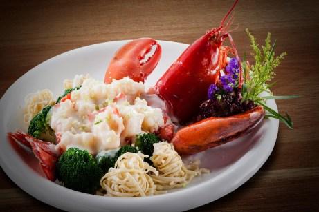 丹桂軒 - Baked Lobster with E-Fu Noodles in Cheses Sauce