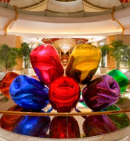 31_Wynn Palace_ Tulips by Jeff Koons_2_Barbara Kraft
