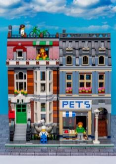 Lego Modular Building_Pet Shop_1