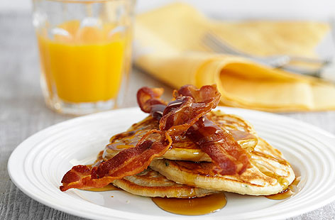 Pancakes con bacon y sirope de arce