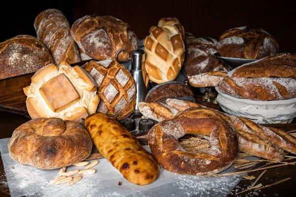 Bodegón panes, Grupo Viena, panes con alma