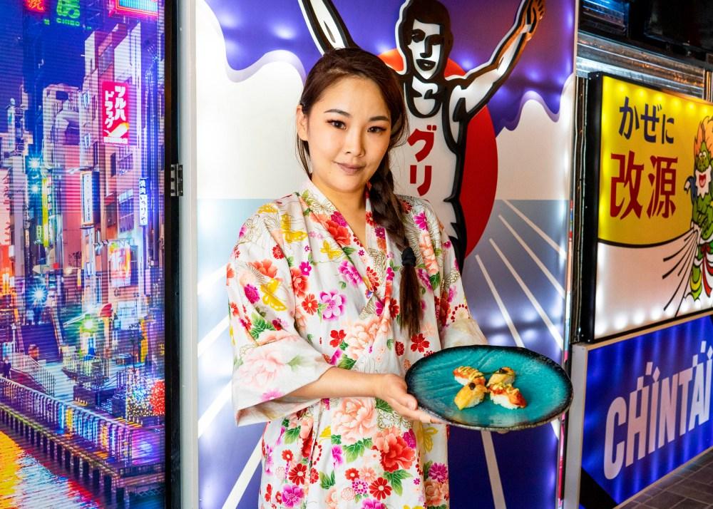 Paloma Fang gerente de Ninja Ramen, Hong Kong 70 y Running Sushi in Osaka