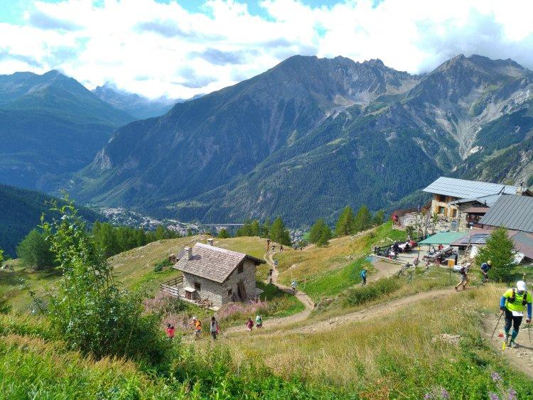 UTMB: beau fixe sur le refuge Bertone