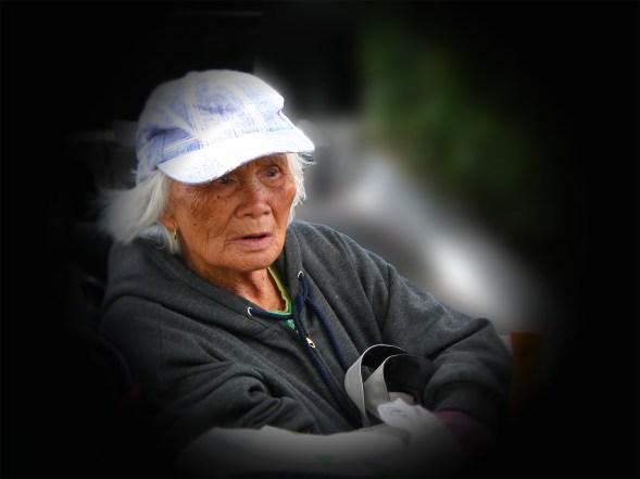 blue hat woman