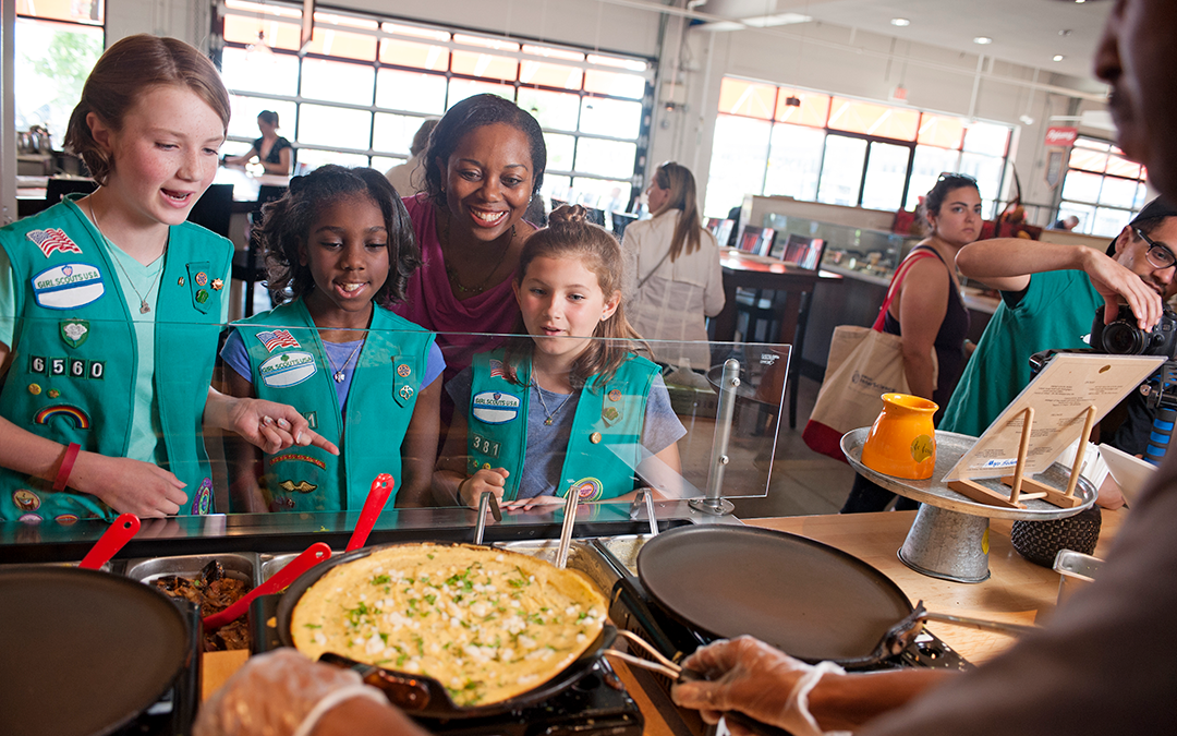 How to Use Your Networking Skills to Create Memorable Girl Scout Experiences