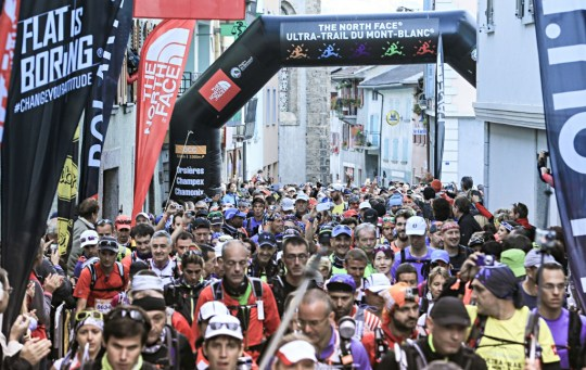 OCCのスタート。Photo courtesy of © The North Face® Ultra-Trail du Mont-Blanc® - Franck Oddoux
