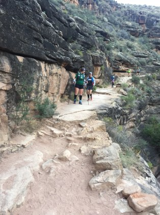 1-down-the-bright-angel-trail-13
