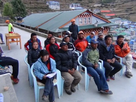 marathon nepal royal penguin namche bazaar groups