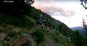 Claudia Tremps arriving at the first aid station Trail 100 Andorra. Photo: Trail 100 Andorra-Pyrenees