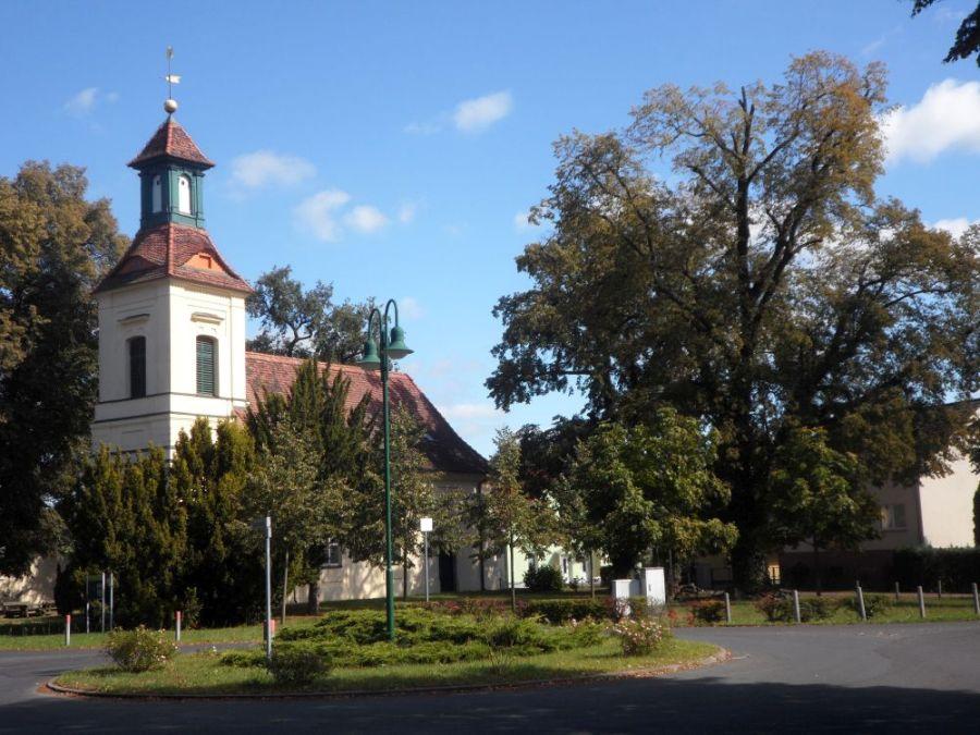 Kirche-Schönwalde-Dorf