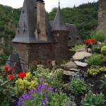 castles & flowers await you