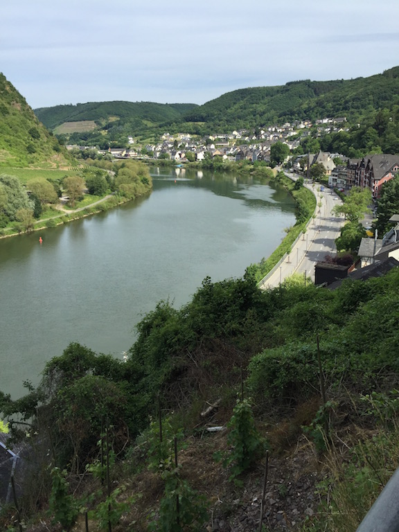 MOSELLE RIVER TRAIL CYCLING GUIDE GERMANY