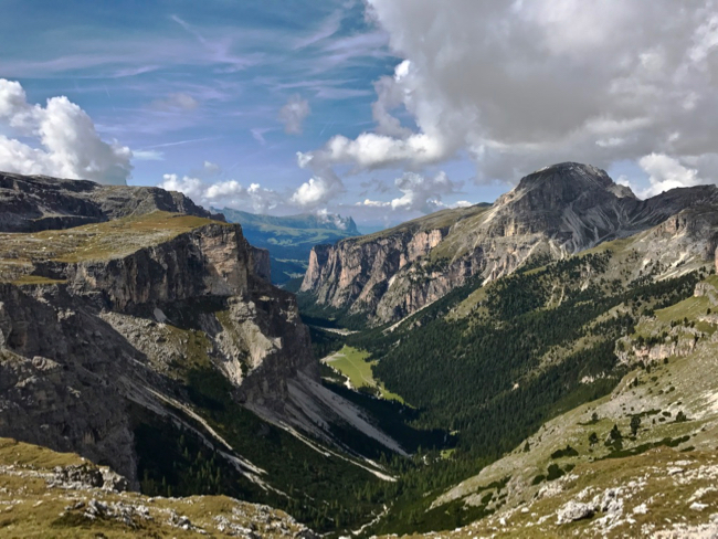 View down into the Vallunga Valley from the Rigufio Puez.