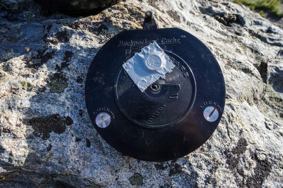 BearVault BV500 vs Garcia John Muir Trail