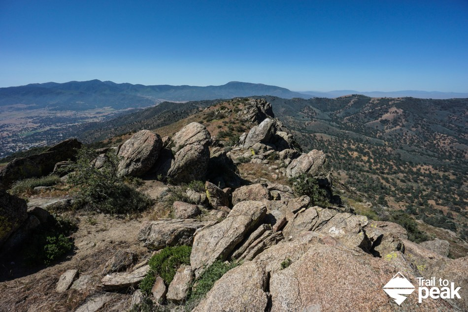 Hiking Black Mountain In Tehachapi