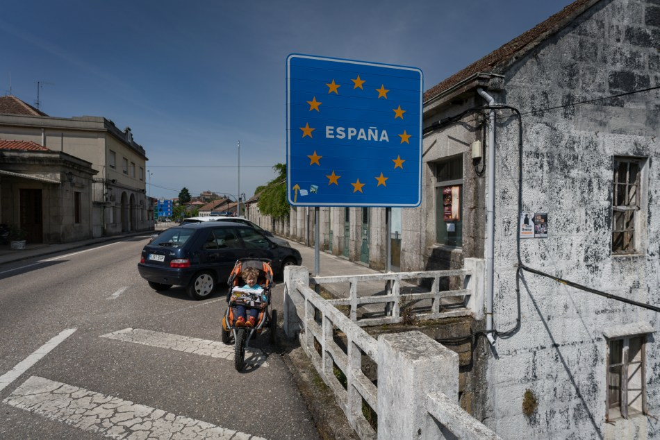 Camino Portuguese Day 5: Rubiãs to Tui - From Portugal to Spain