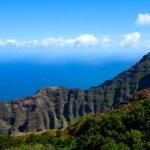 絶景ナパリコーストを望むハワイカウアイ島ヌアロロトレイル