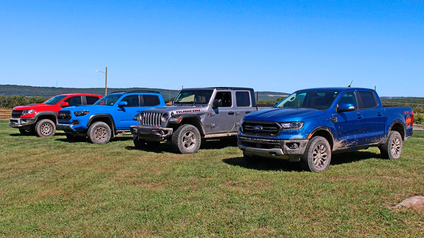 Motor Authority : Who is the king of mid-size pickup off-roading?