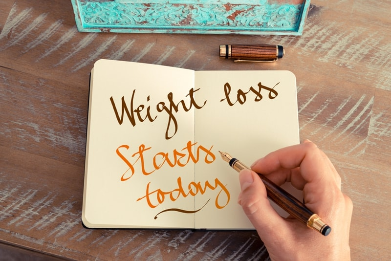 is losing 10 pounds in a week safe