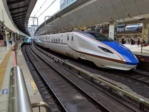 W7系新幹線かがやき号
