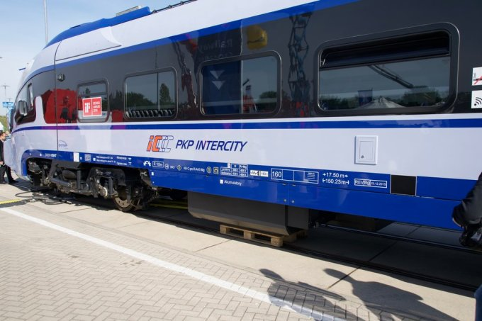 A PESA built Polish Railways (PKP) diesel multiple unit for intercity traffic.