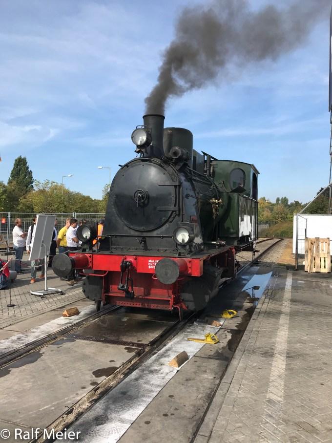 Irish Rail Diesel Locomotive 207-23.jpg