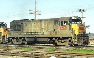 repairing ho scale locomotives at J-Trax Trainstore