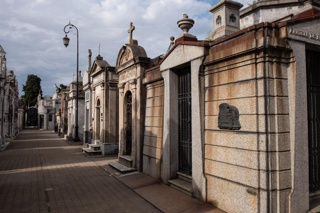 cimetière recoletta buenos aires argentine tombeau