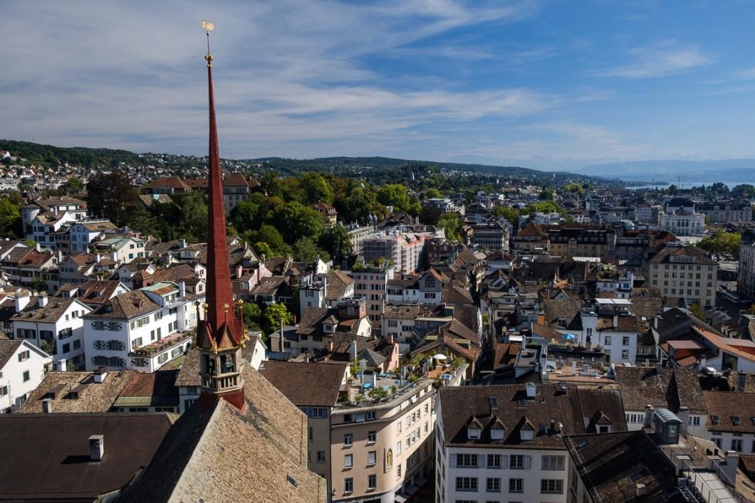 zurich vue cathédrale grossmunster