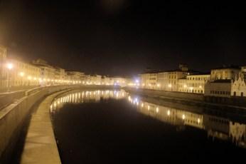 Pisa river by night