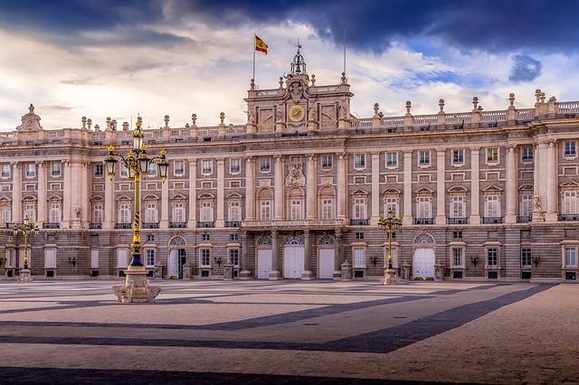 madrid cosa vedere a madrid Madrid cosa vedere? abbiamo creato per voi una lista con le attrazioni top: musei e non solo! quindi ecco la Madrid da vedere assolutamente con noi.
