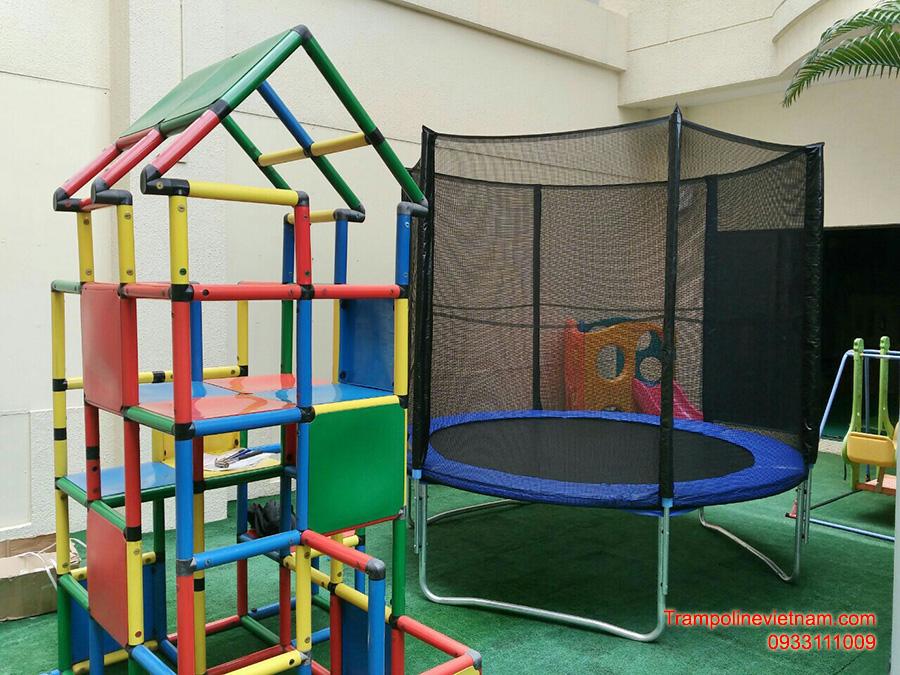 Những tác dụng tuyệt vời mà bạt nhún trampoline mang lại