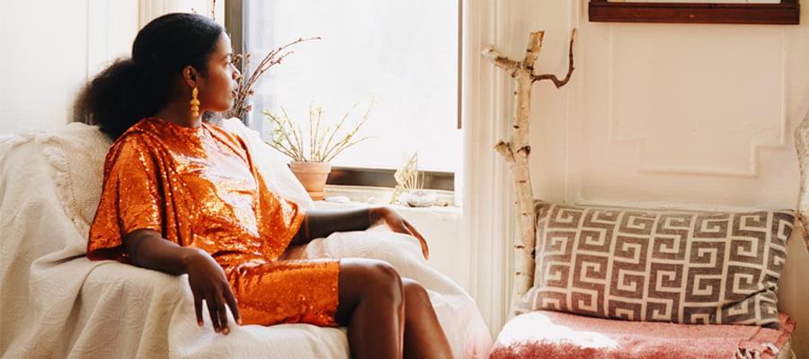Akwaeke Emezi utforskar mellanrummen – nu ger vi ut hens debutroman Sötvatten