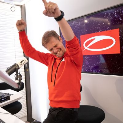 A State Of Trance 951 (13.02.2020) with Armin van Buuren & Andrew Rayel